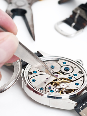 Custom jewelry services the vault fine jewelers fresno ca for Jewelry repair fresno ca
